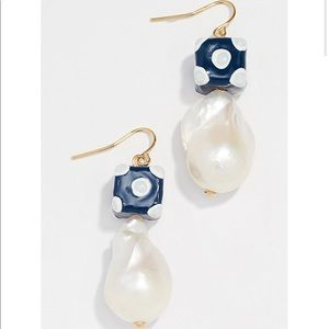 NWT Tory Burch baroque pearl bead drop ear…